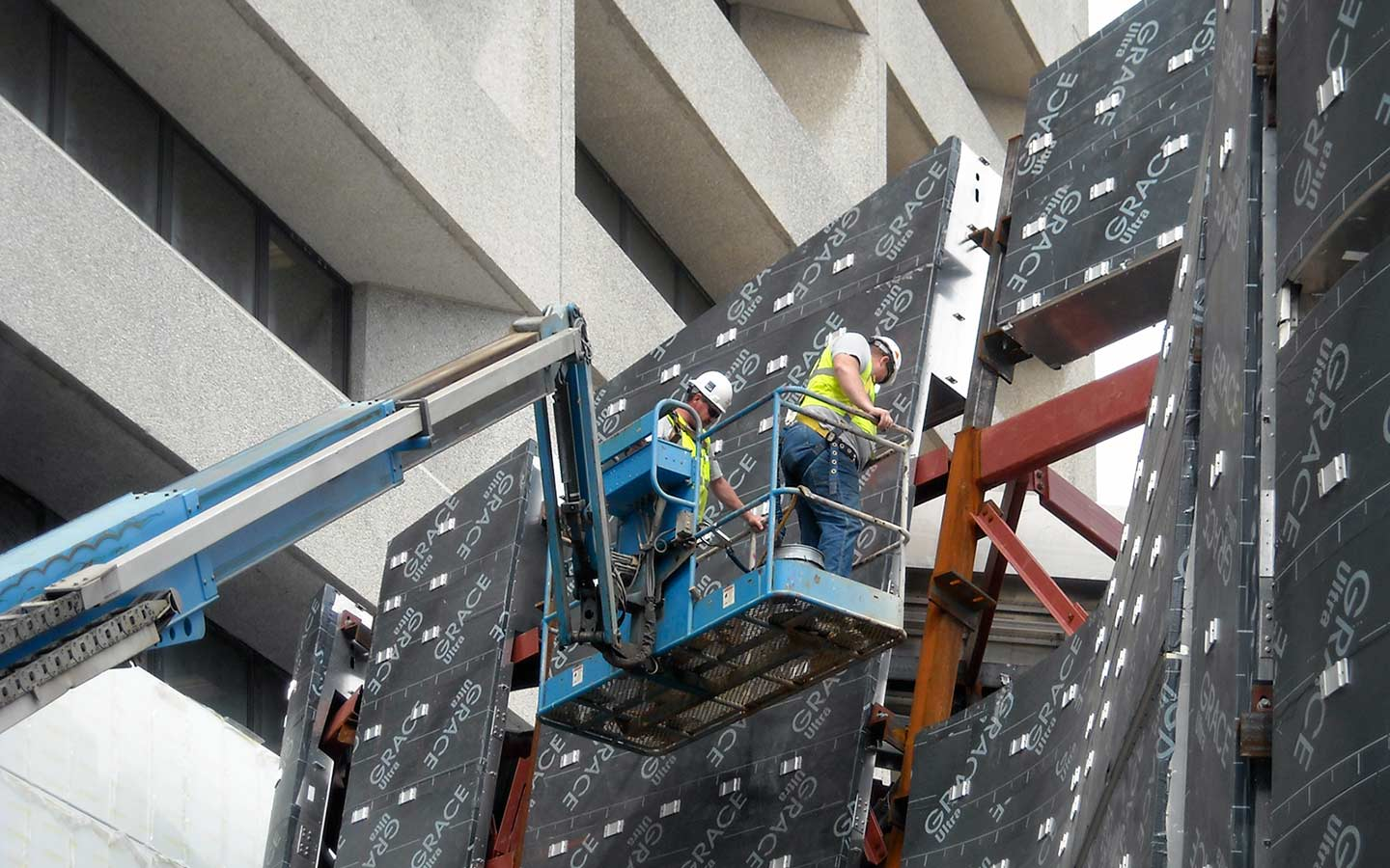 Zahner Field Operators install clips on the ZEPPS structure.