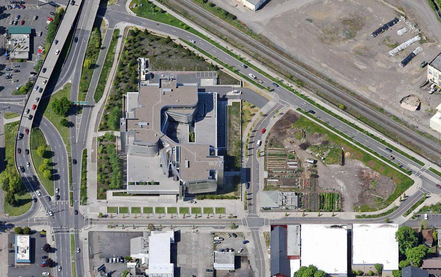 Aerial view of the Wayne L. Morse United States Courthouse.