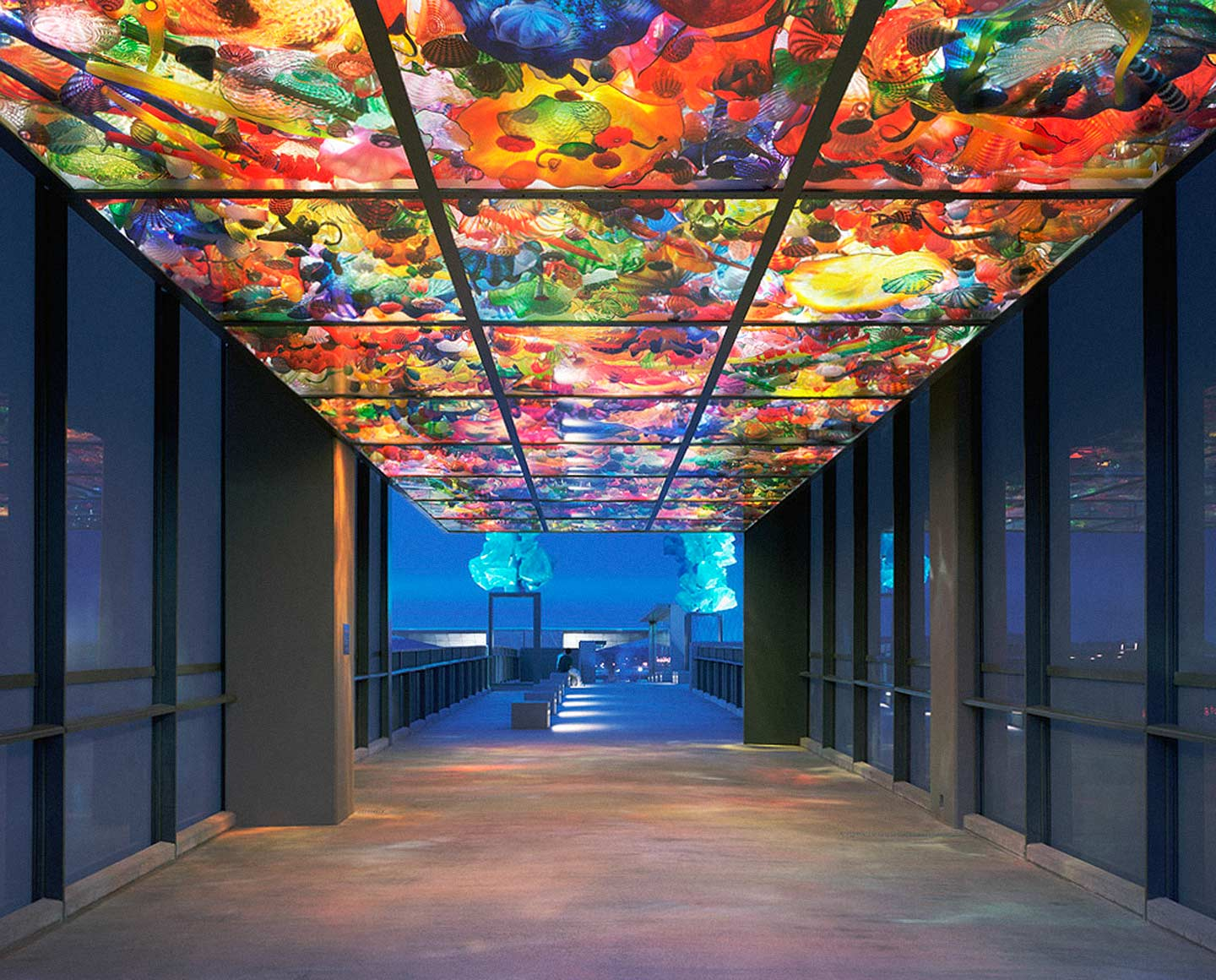 Chihuly Bridge Seaform Pavilion, designed by Andersson Wise