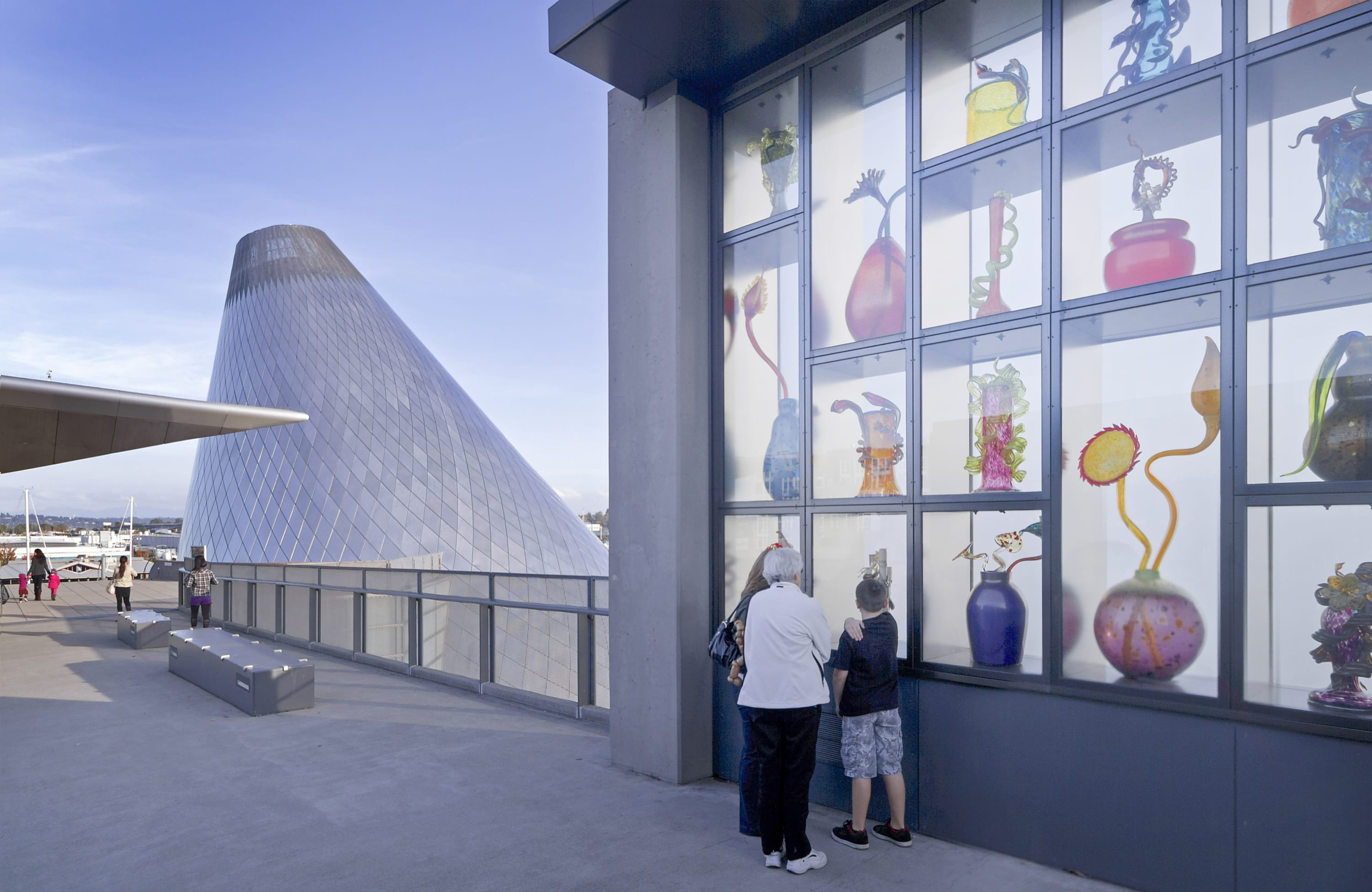 Venetian Wall for the Chihuly Bridge of Glass, with Museum of Glass in the background
