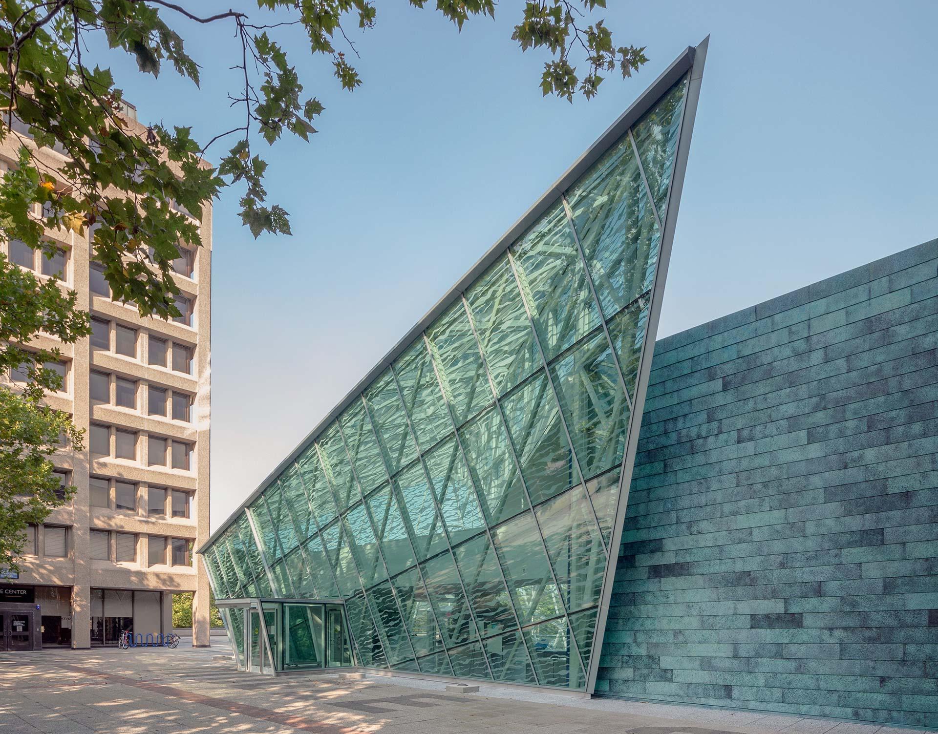The ikon.5 architects-designed SUNY New Paltz Student Union Building