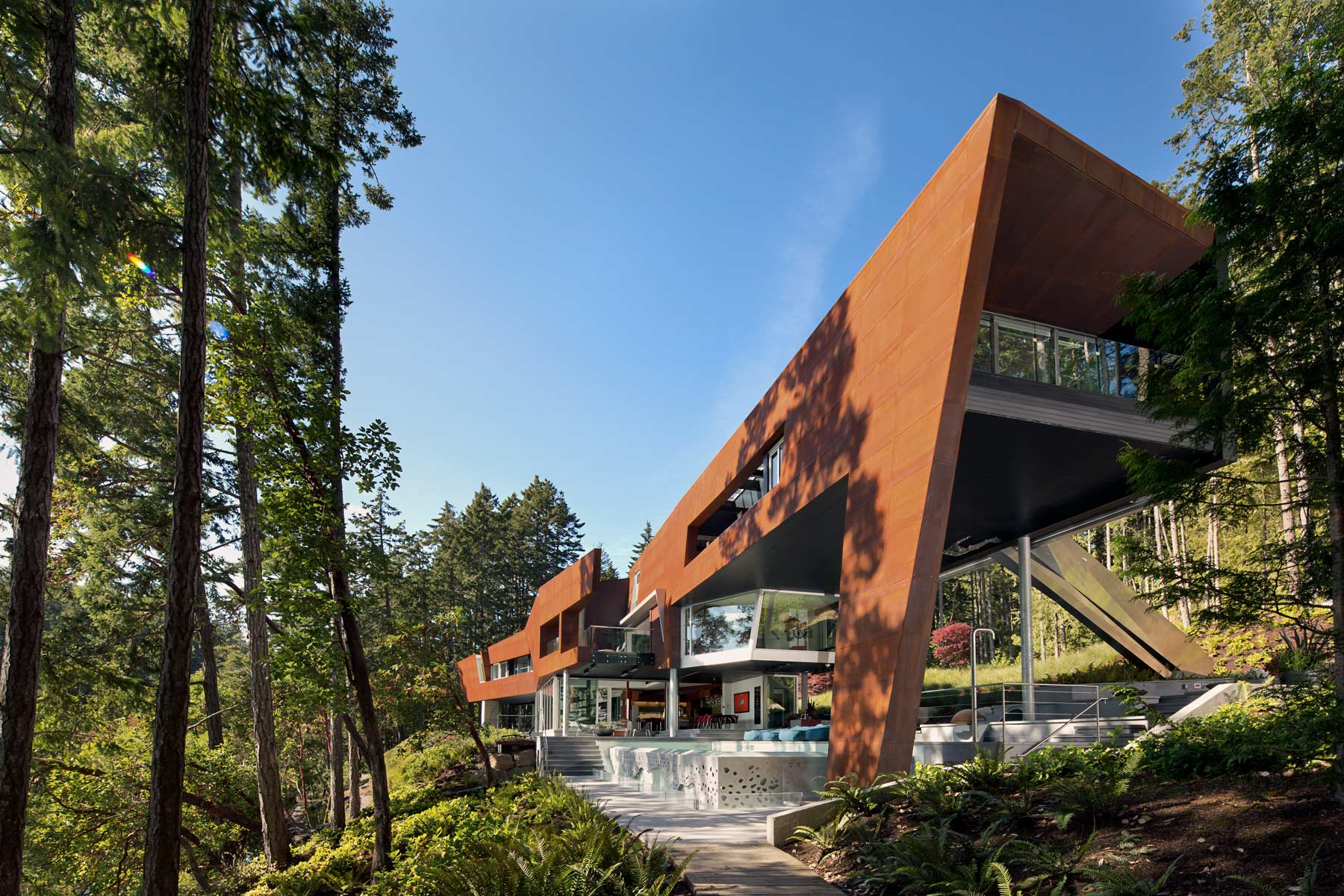 Photograph of the Gulf Islands Residence designed by AA Robins.
