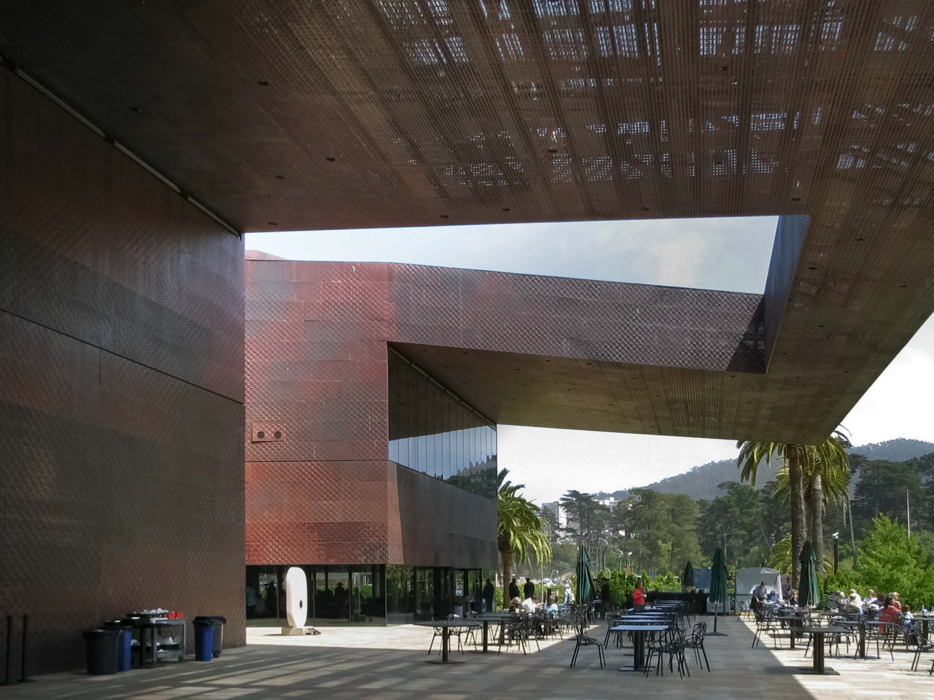 Outdoor cafe under the de Young Museum canopy awning