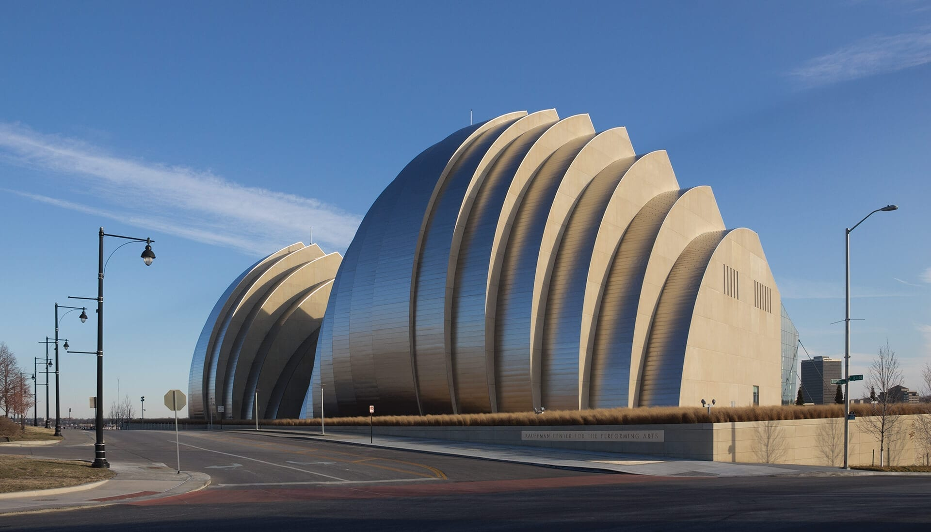 Kansas City's Kauffman Performing Arts Center uses ZEPPS for its curved facade and roof.