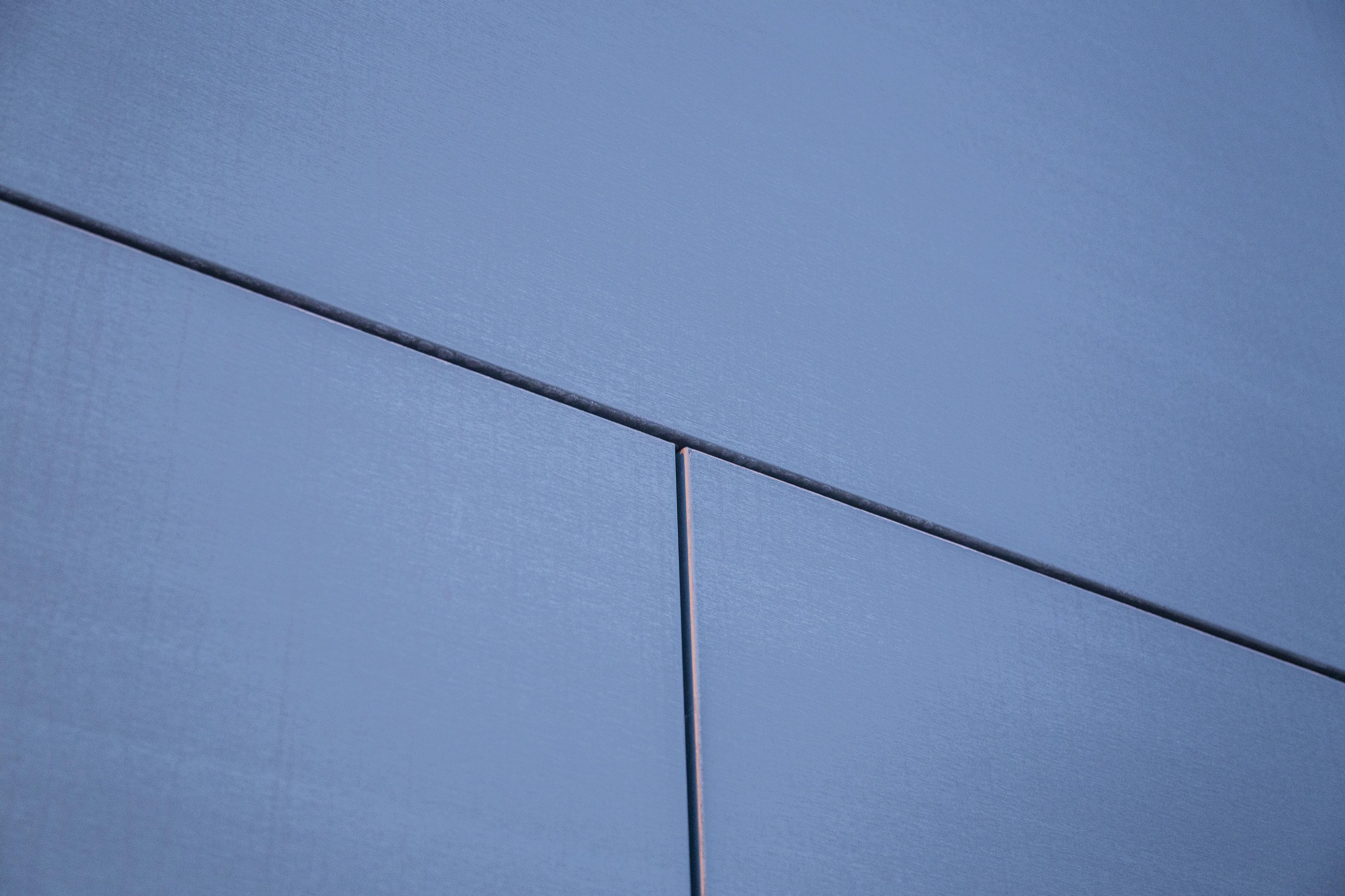 Zinc wall panel detail