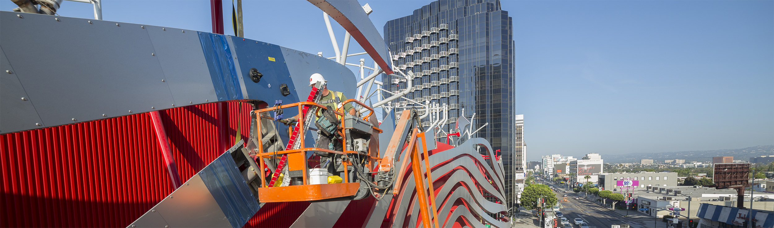 Example of a complex Zahner field installation at The Petersen Automotive Museum in Los Angeles, designed by KPF.